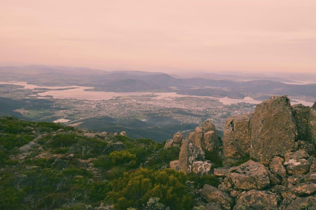 הנוף מפסגת הר וולינגטון שבעיר הוברט